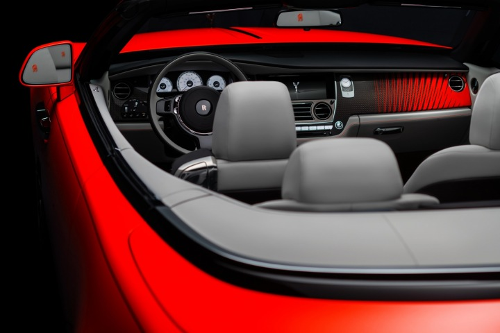 Rolls-Royce, Dawn, interiér vozu