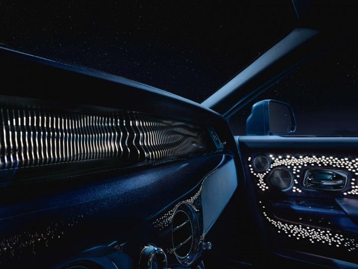 Rolls-Royce, designový skvost palubní deska