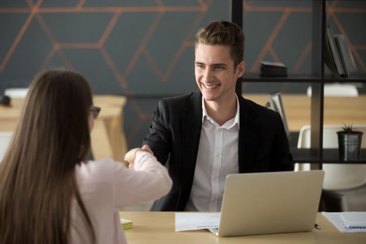 V práci musí být lidé dobře naladěni, tomu má napomoci i kratší pracovní doba