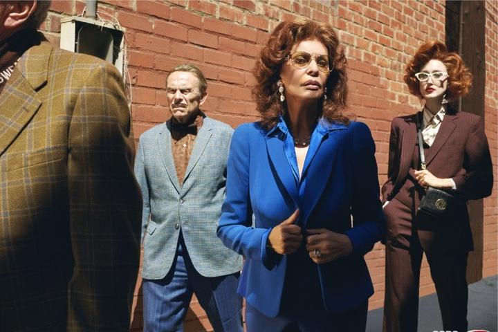 Sophia Loren v modrém obleku v kampani GCDS x Barilla