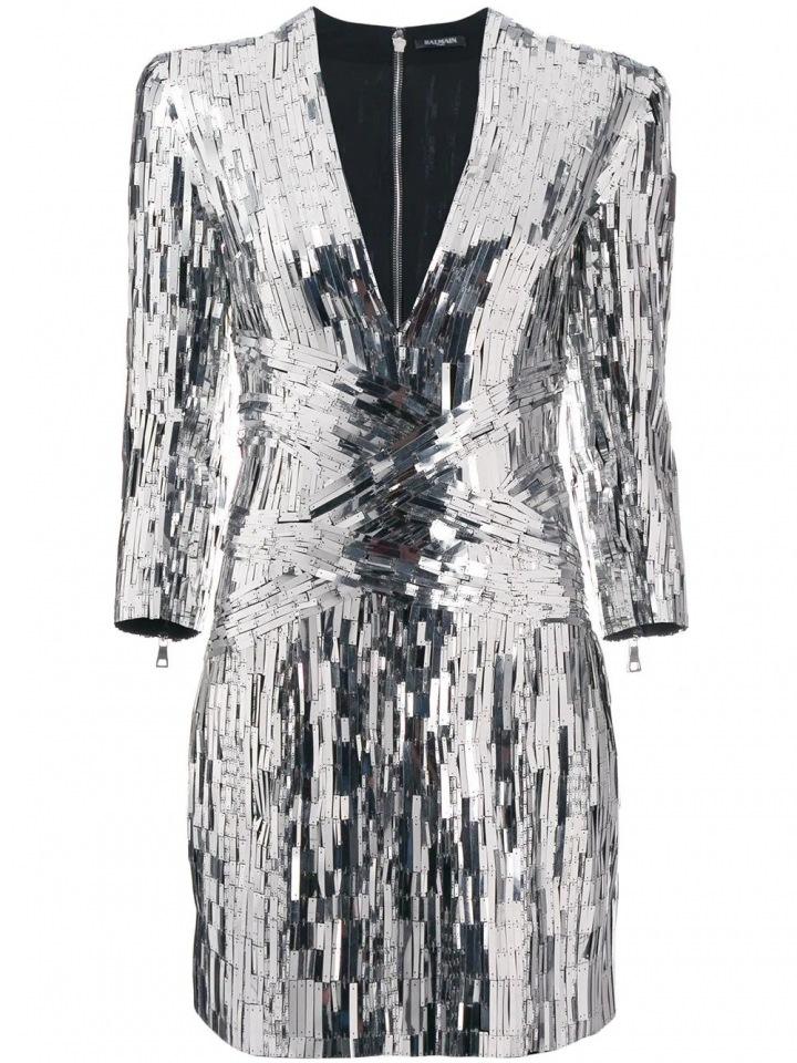 Stříbrné šaty Balmain