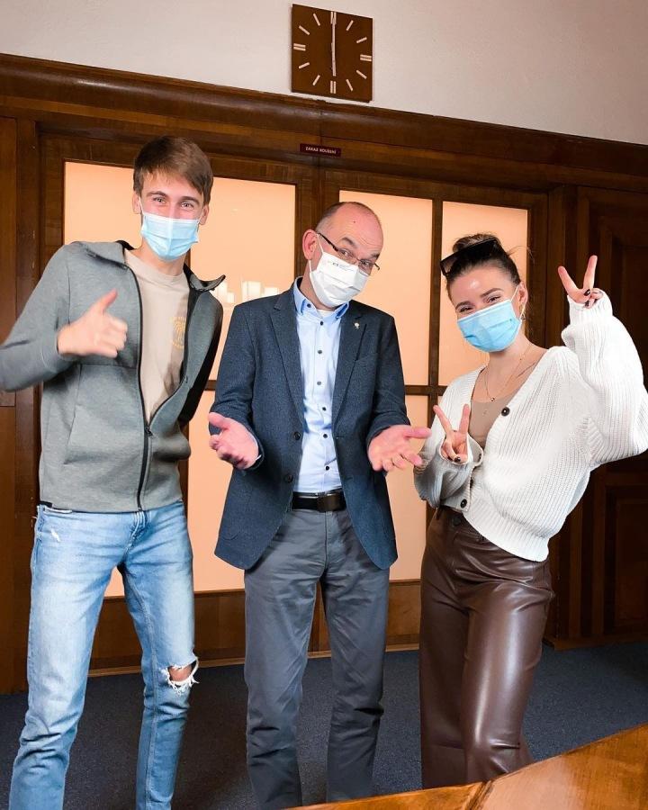 Šulcová a Gulab s ministrem zdravotnictví.