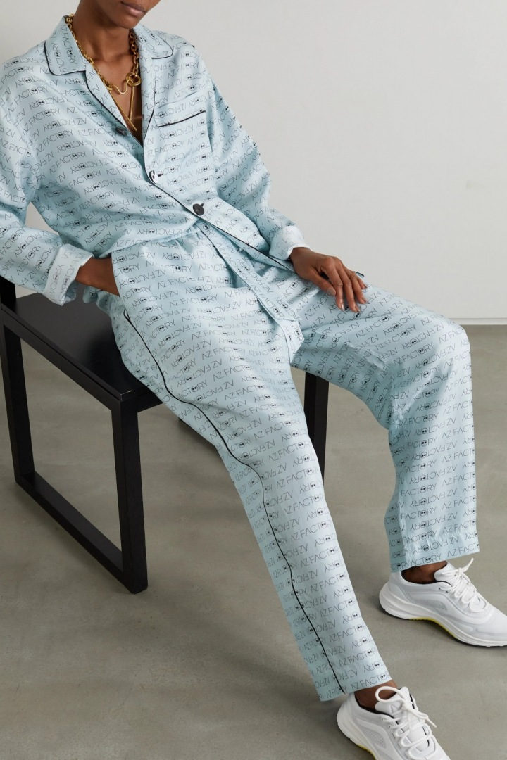 Světle modrý outfit AZ Factory