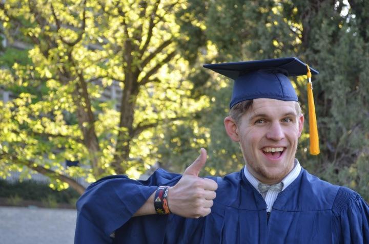 Vysokoškolský absolvent