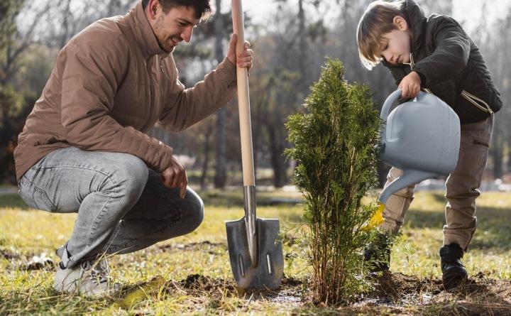 Děti vám mohou pomoci i se zahradničením