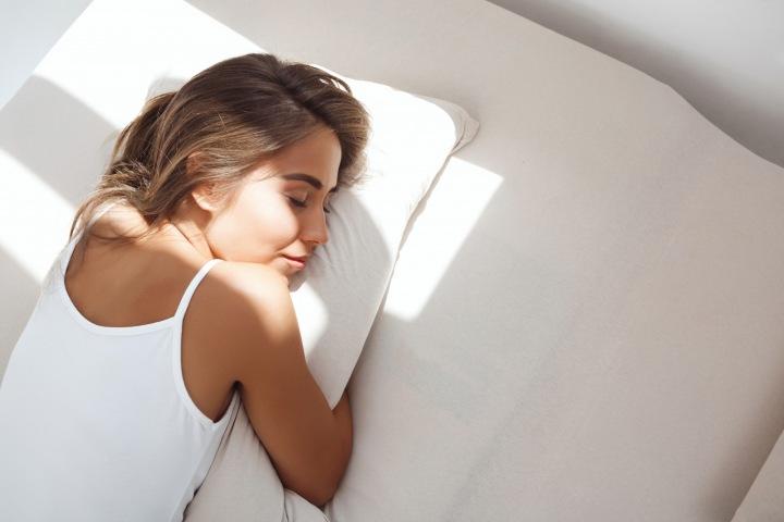 Žena ve spánku.
