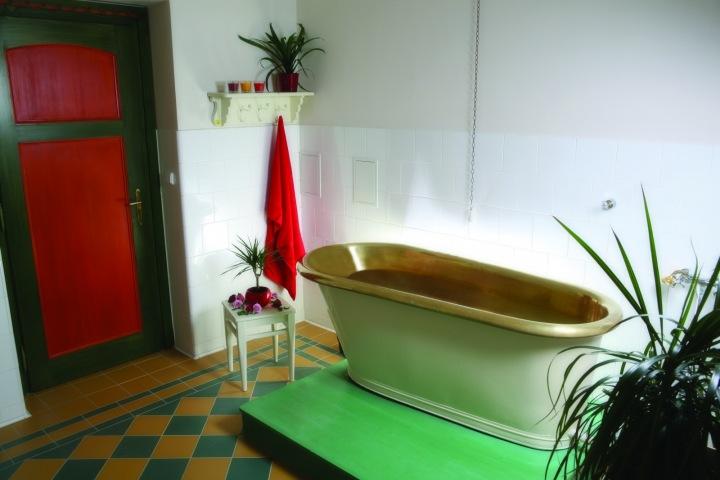 Zlatá vana v Jurkovičově domě.