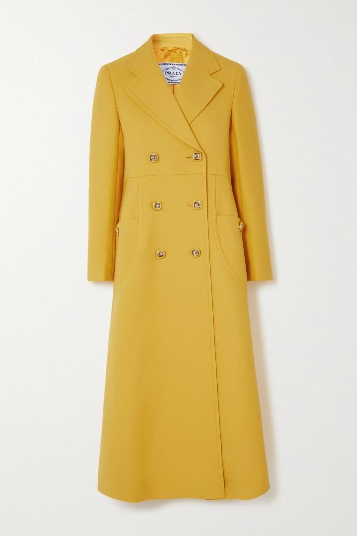 Žlutý kabát Prada