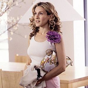SJP zrozená pro květiny s luxusní kabelkou Dior.