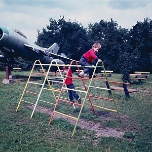 S bratrem, letadla obdivovali už od plenek.