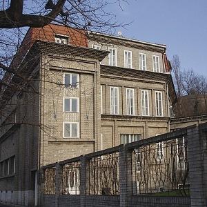 Sequensova villa, Vnislavova 4/48