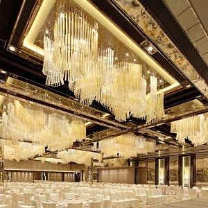 Lasvit a instalace s názvem Diamond, Ritz Carlton hotel, Hong Kong