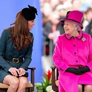 Kate s královnou Alžbětou II.