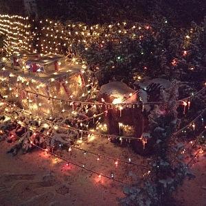 Rozsvíceno má více než 46 tisíc žárovek.