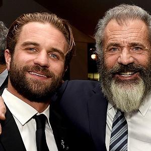 Mel Gibosn with his son Mil