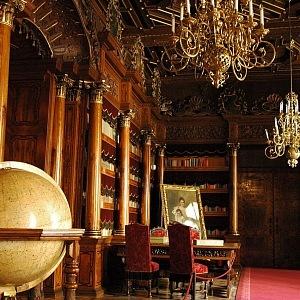 Jeden z mnoha interiérů na zámku