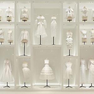 Odstíny bílé podle Diora.