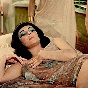 Elizabeth Taylor ve filmu Kleopatra