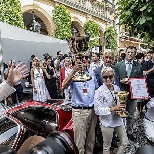 Vítězové Alfa Romeo 33/2 Stradale