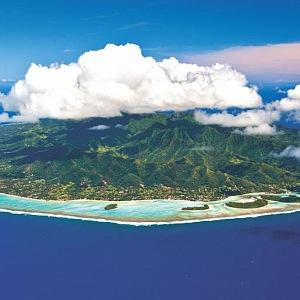 Ostrov Rarotonga v Tichém oceánu
