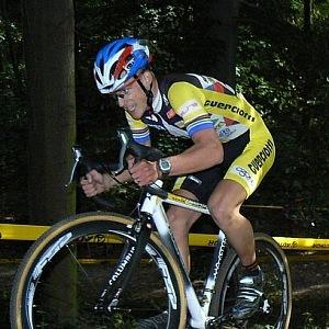 Lukáš doufal v kariéru na kole, ale skoncoval s ní velmi brzy.