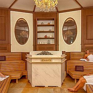 Sauna ve stylu vídeňské kavárny, Thermen & Badewelt Sinsheim