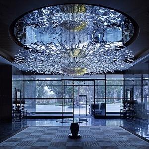 Instalace Oculus, v hotelu Jumeirah v Etihad Towers