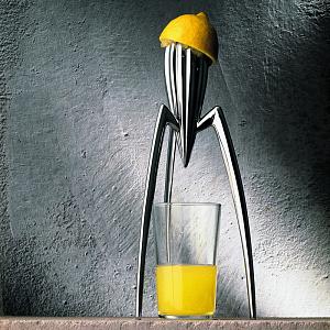 Doplněk do kuchyně od Philippa Starcka
