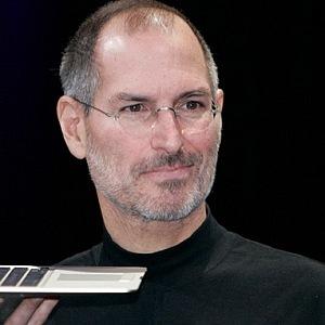 Steve Jobs a MacBook
