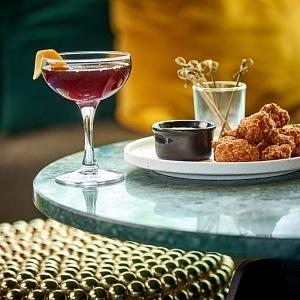 Room Rumpus, delikatesy a luxusní pití Londýn