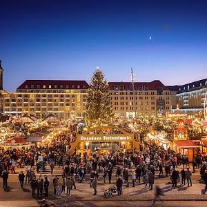 Drážďanský Štrýclmarkt slaví narozeniny.
