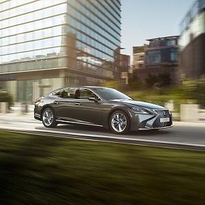 Lexus LS má řemeslné zpracování a emotivním design