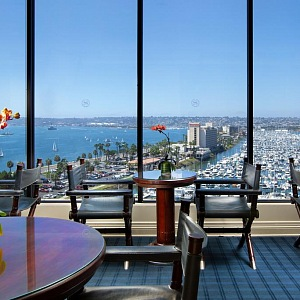 Sheraton Hotel & Marina - jedinečný výhled, co říkáte?
