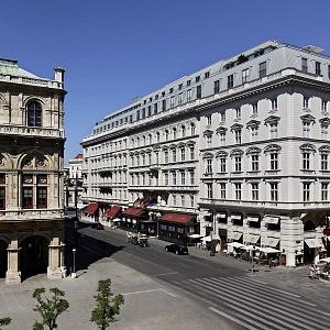 Hotel Sacher naproti Opeře