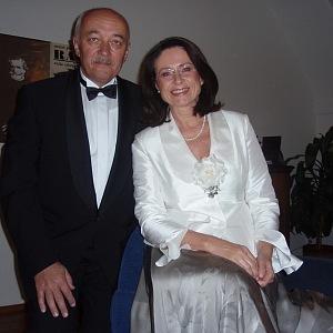 S manželem oslaví padesát let od svatby.