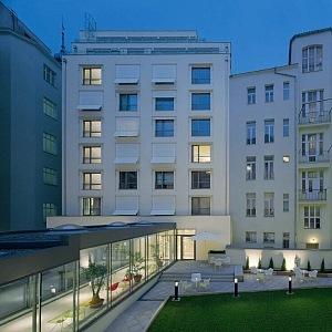 Hotel Josef, courtyard