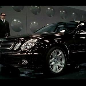 Mercedes-Benz třídy E, Muži v černém