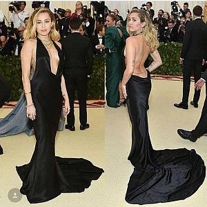 Nádherná Miley Cyrus, šaty Stella McCartney