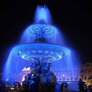 Bílá noc v Paříži.