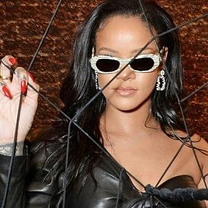 Rihanna ve špercích David Webb