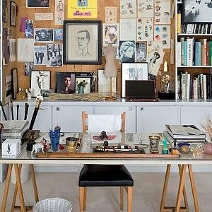 Atelier v muzeu Yves Saint Laurent v Paříži.