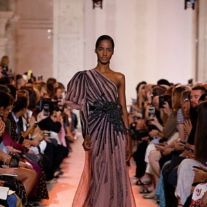 Kolekce Haute Couture AW 2018 je jednoduše božská