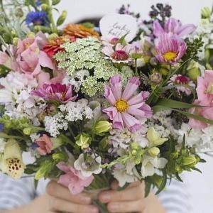luxusní vazba Louky květ