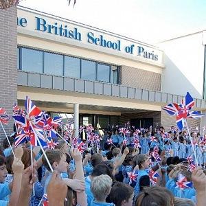 Oficiální otevření základní britské školy
