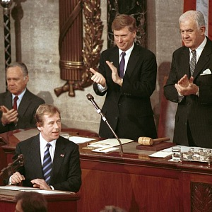 Bojovník za demokracii, národem milovaný Václav Havel.