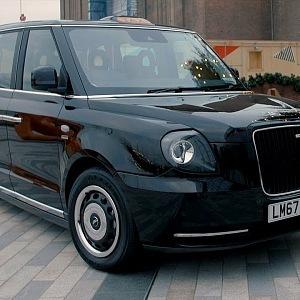 Nové elektrické taxi v Londýně