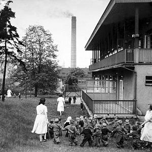 Jesle v Máchově ulici Ústní nad Labem, historická fotografie z 50. let