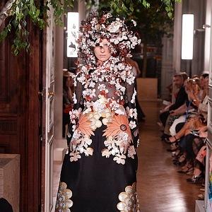 Extravagantní kolekce haute couture FW19/20