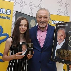 Vydal duet s dcerou.