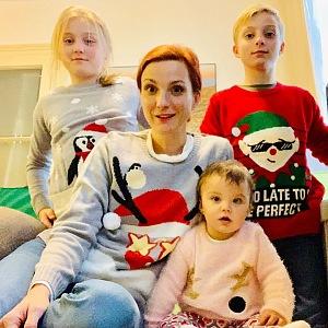 Máma od tří dětí.